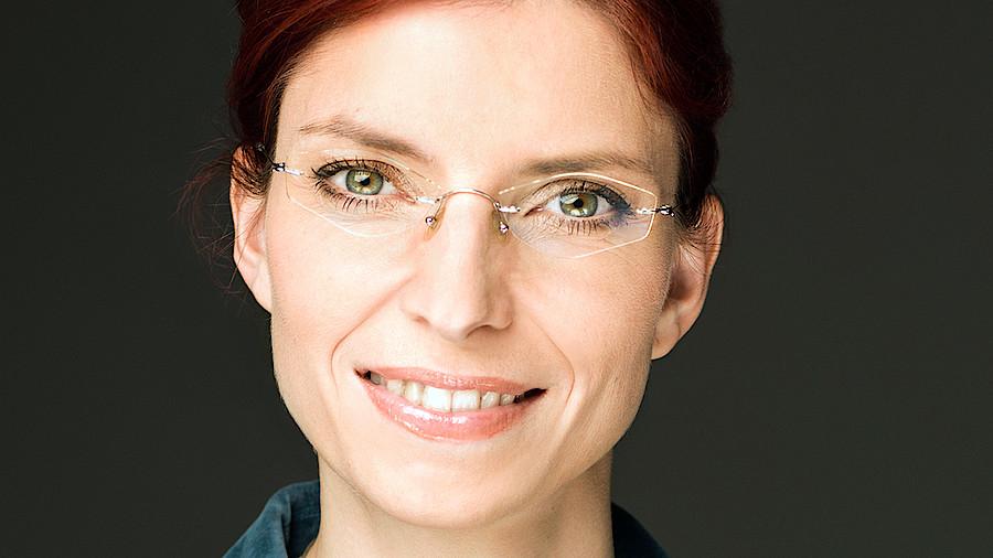 Lunapharm Ministerin Tritt Zuruck Apotheke Adhoc