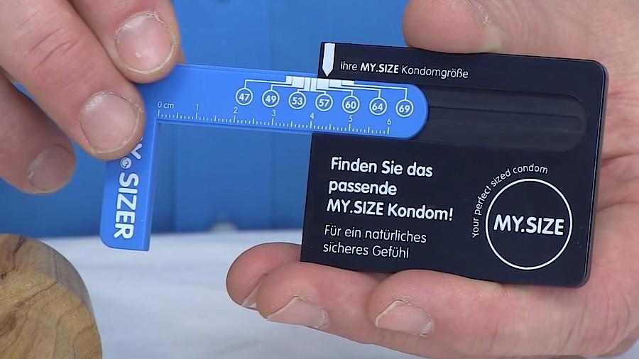 Kondom penis nackt