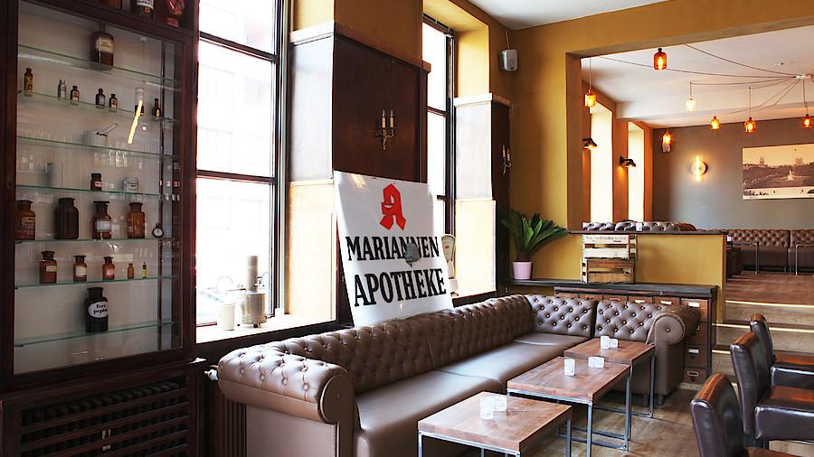 Cocktailkarte Auf Dem Hv Tisch Apotheke Adhoc