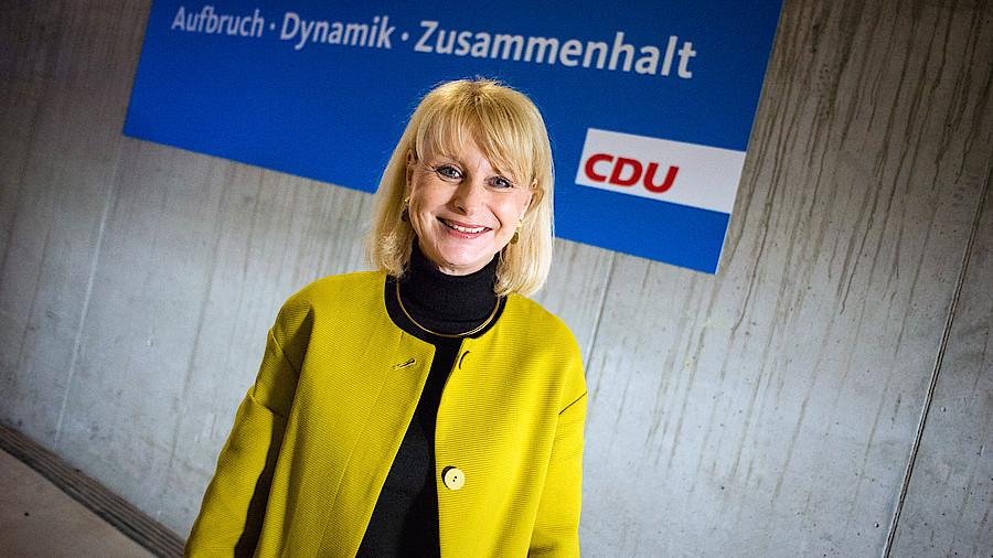 Spahn (CDU) will mehr Personal aus dem Ausland