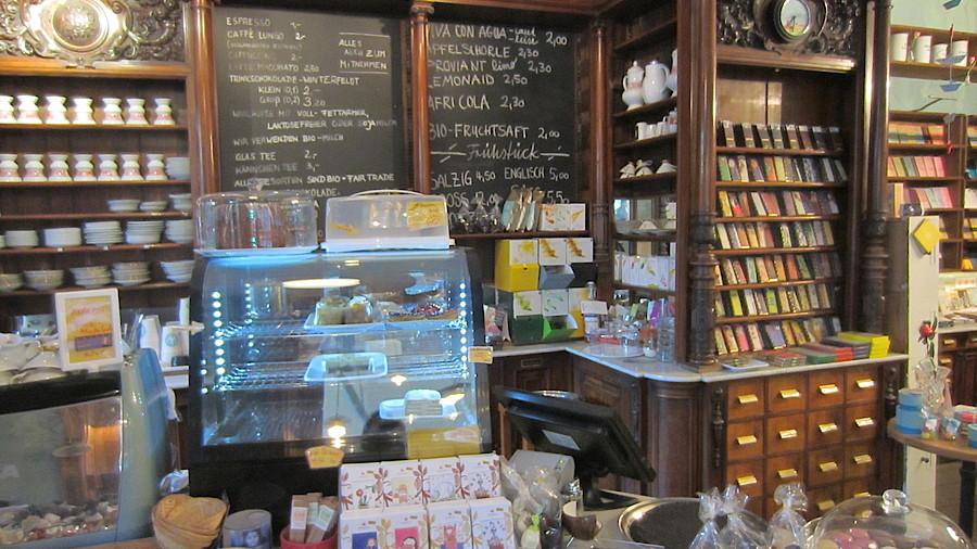 Apotheken Bars Cafés Restaurants Apotheke Adhoc