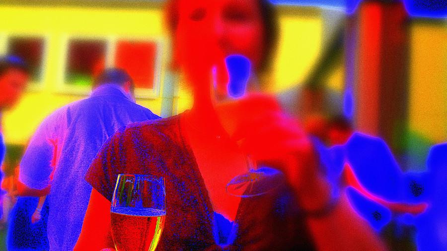 Alkohol Weihnachtsfeier.Weihnachtsfeier Rettung Nach Der Blamage Apotheke Adhoc
