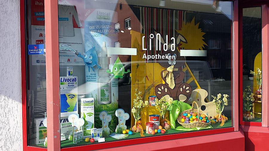 Schaufenster apotheken sollten mutiger sein apotheke adhoc - Schaufensterdekoration weihnachten ...