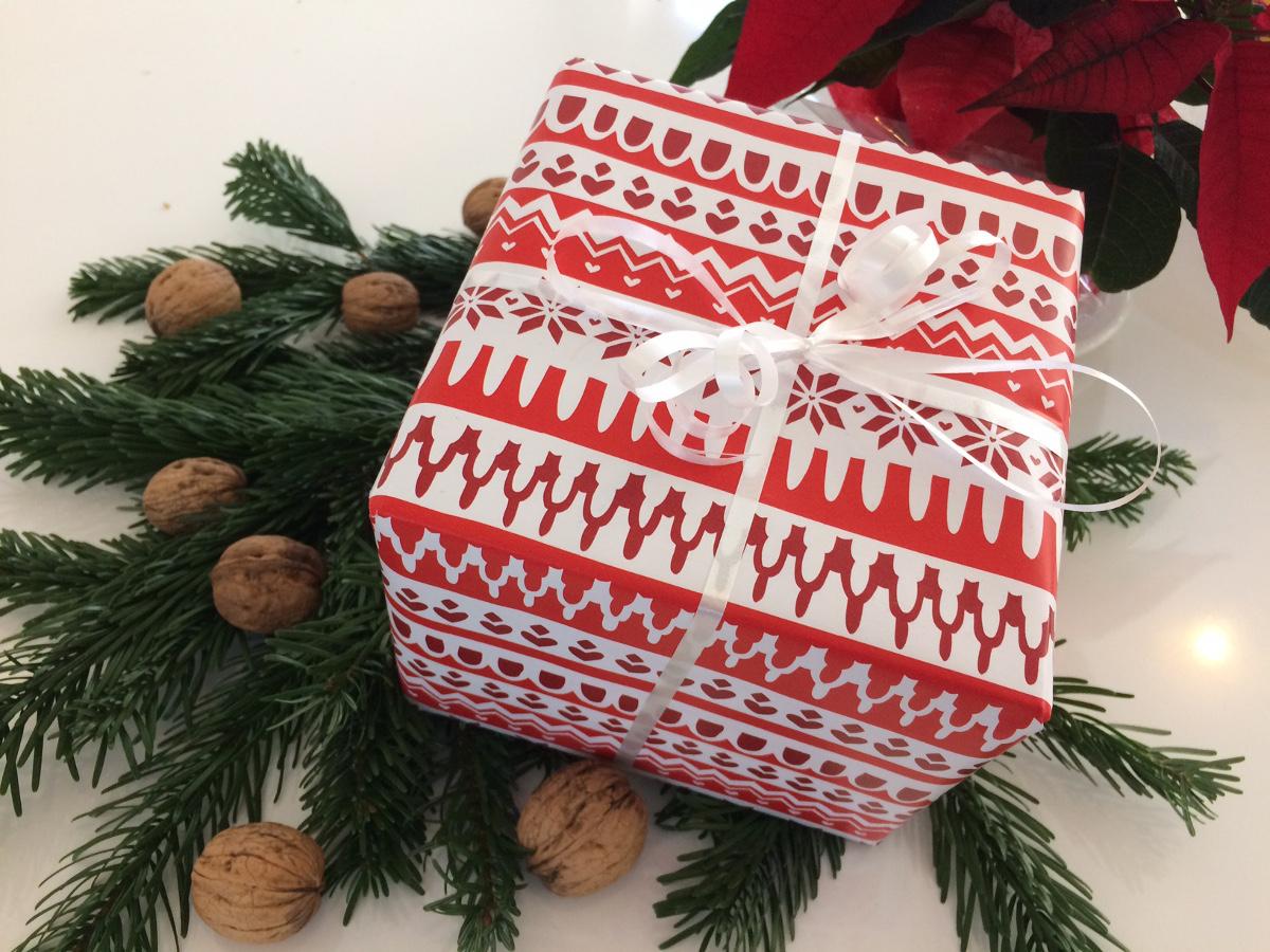 Fünf Tipps für das Weihnachtsgeschenk | APOTHEKE ADHOC