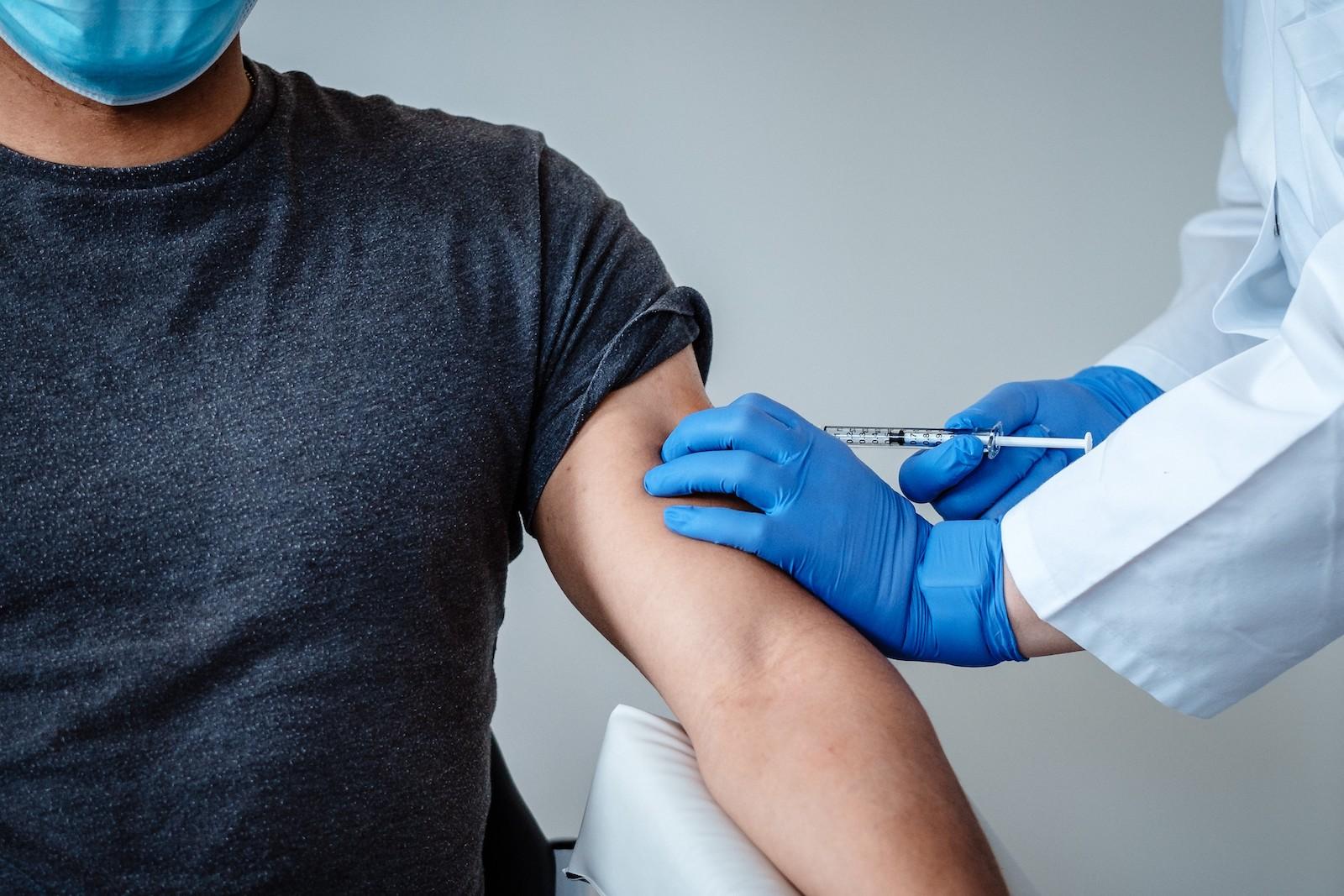 DRK-sucht-300-Helfer-f-r-Impfzentren-in-Sachsen
